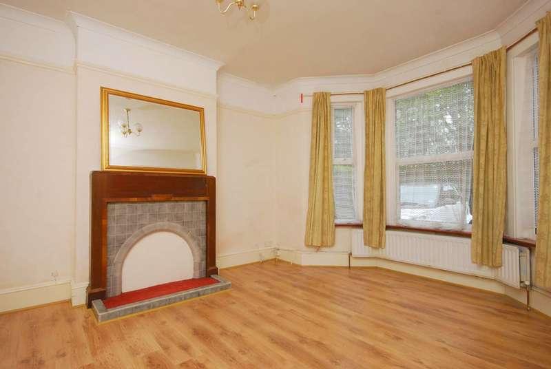 5 Bedrooms Semi Detached House for rent in Maybury Road, Woking, GU21