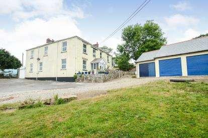 4 Bedrooms Semi Detached House for sale in Liskeard, Cornwall, Uk