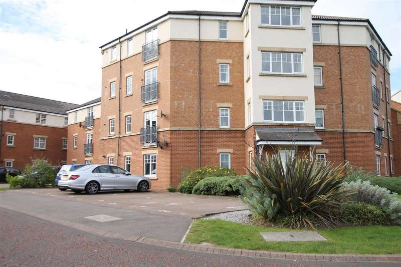 2 Bedrooms Apartment Flat for rent in Renforth Close, Gateshead