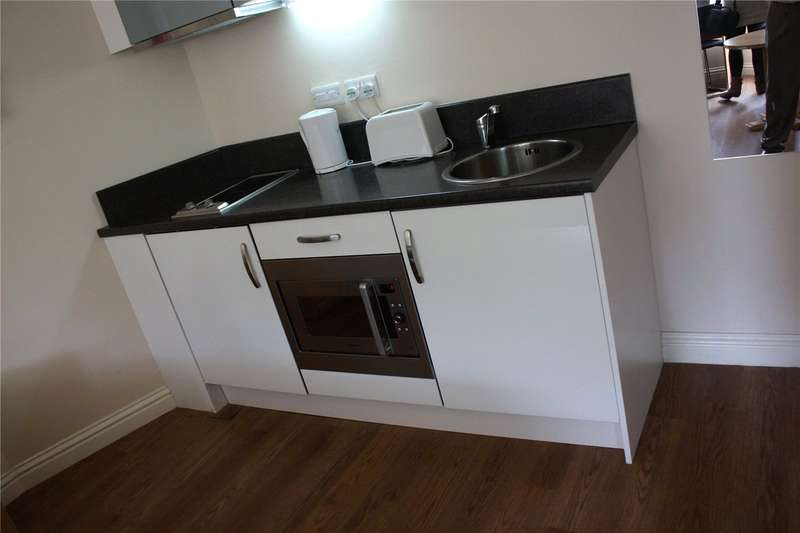 1 Bedroom Apartment Flat for rent in Highfields Road, Town Centre, Huddersfield, HD1