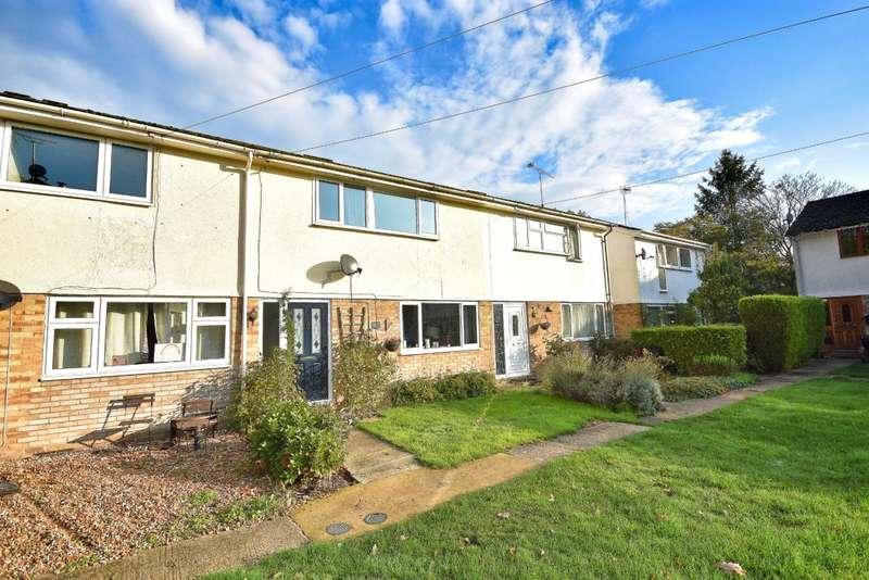 3 Bedrooms Terraced House for sale in Hartley Wintney, Hook, RG27
