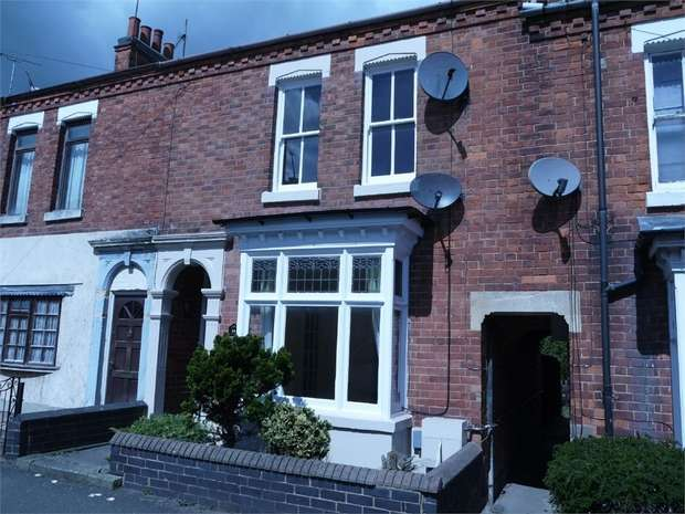 3 Bedrooms Terraced House for rent in Caxton Street, Market Harborough, Leicestershire