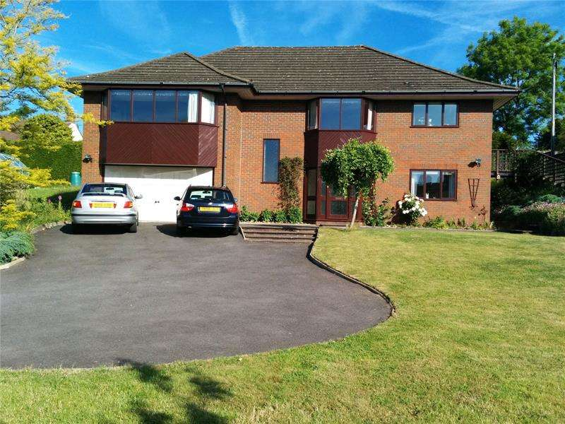 4 Bedrooms Detached House for sale in Whitehill Lane, Drybrook, Gloucestershire, GL17