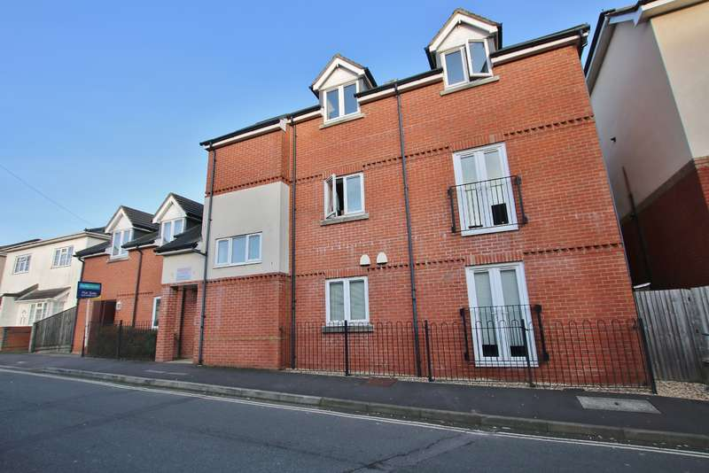 1 Bedroom Block Of Apartments Flat for sale in Brookside Court, Bourne Road, Freemantle , Southampton