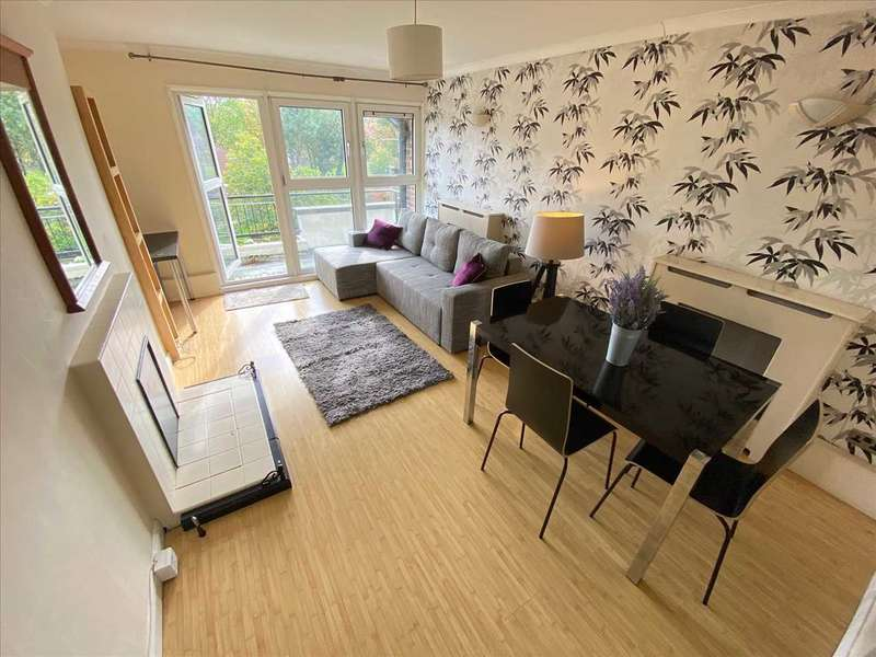 3 Bedrooms Apartment Flat for rent in Mere Close, Putney