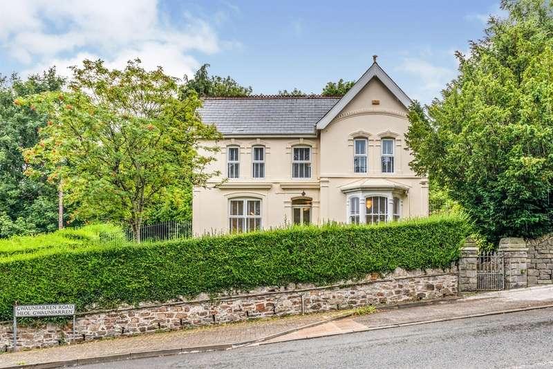 3 Bedrooms Detached House for sale in Gwaunfarren Road, Gwaunfarren, Merthyr Tydfil