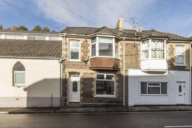 3 Bedrooms Property for sale in Gladstone Street Cross Keys, Newport
