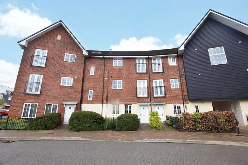 2 Bedrooms Apartment Flat for rent in Fulmar Crescent, Bracknell, Berkshire, RG12