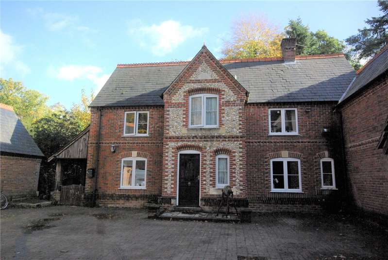 4 Bedrooms House for rent in Millers Wood, Salisbury Road, Sherfield English, Romsey, SO51