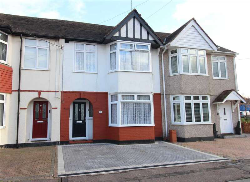 3 Bedrooms Terraced House for sale in Eastwood
