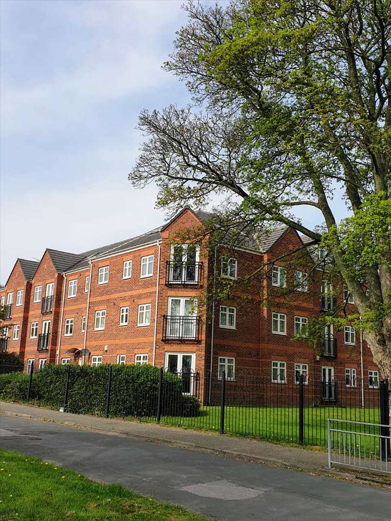 2 Bedrooms Apartment Flat for rent in Brackenhurst Place, Leeds