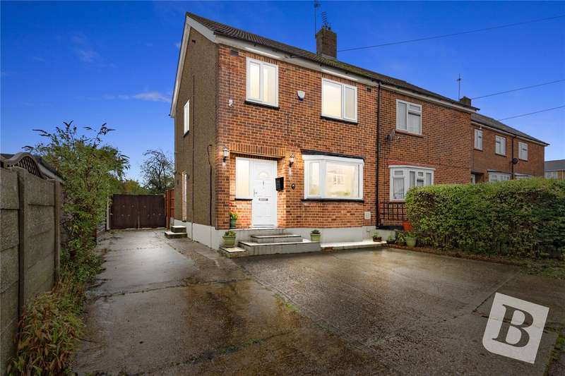 3 Bedrooms Semi Detached House for sale in Nicholl Road, Laindon, Essex, SS15