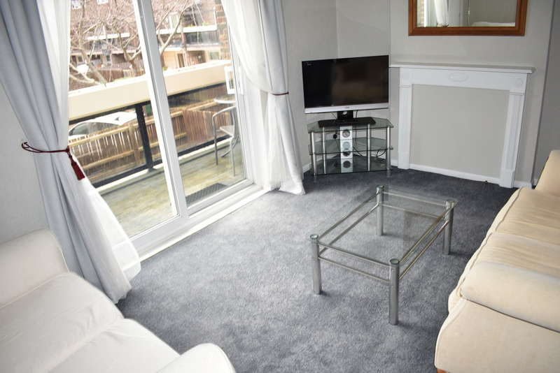 2 Bedrooms Maisonette Flat for rent in Three Tun Close, Southsea