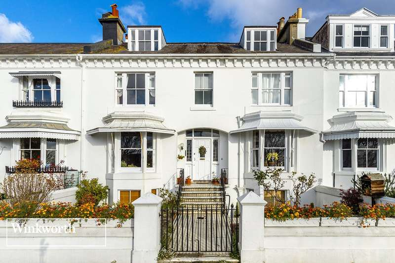 2 Bedrooms Flat for rent in Clifton Terrace, Brighton, East Sussex, BN1