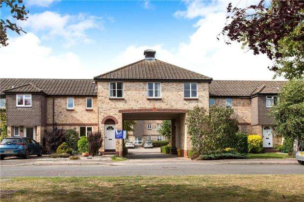 2 Bedrooms Apartment Flat for sale in The Brambles, Limes Park Road, St. Ives
