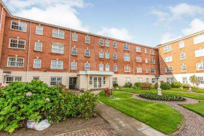 2 Bedrooms Flat for sale in Admirals Sound, Thornton-Cleveleys, Lancashire, ., FY5