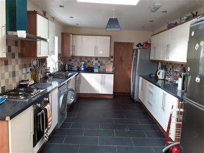 7 Bedrooms Detached House for rent in 29 Teignmouth Road, Selly Oak, Birmingham