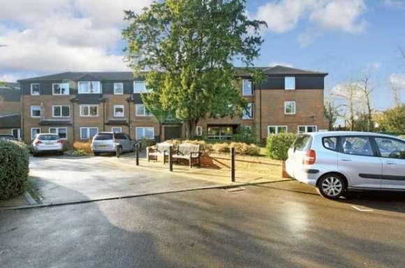 1 Bedroom Property for rent in Homecedars, Bushey, WD23