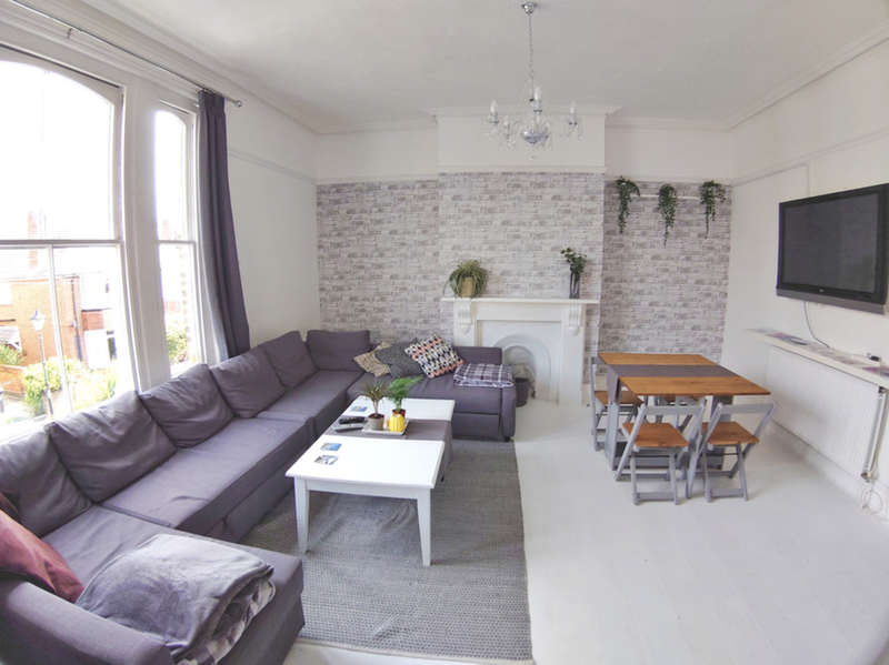 4 Bedrooms Semi Detached House for rent in Stafford Road, Southsea