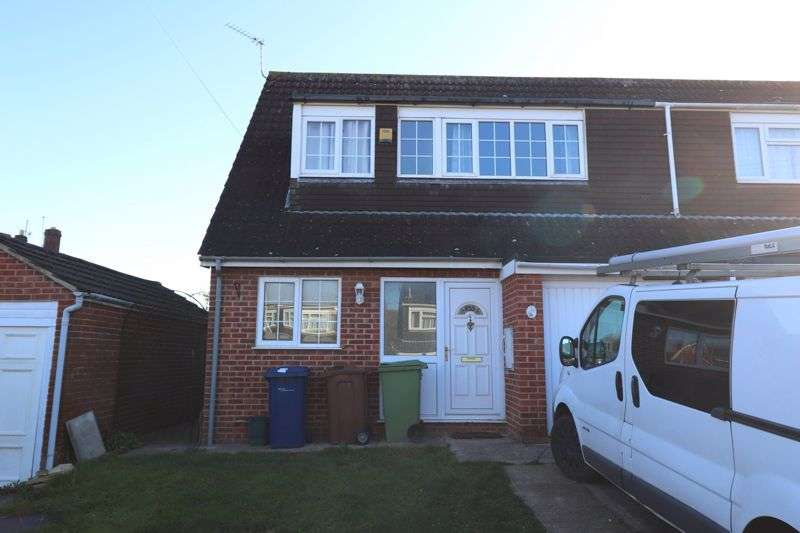 3 Bedrooms Property for rent in Green Bank, Gloucester