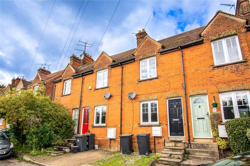 2 Bedrooms Terraced House for sale in Stansted