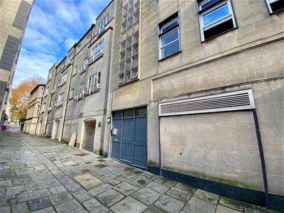 2 Bedrooms Apartment Flat for rent in Bridewell Lane