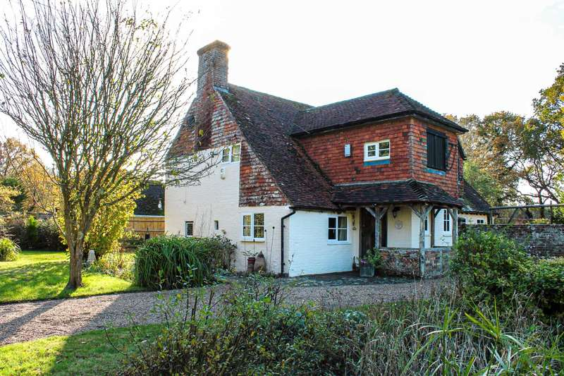 3 Bedrooms Country House Character Property for sale in Broomham Lane, Whitesmith