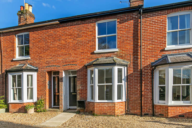 2 Bedrooms Terraced House for rent in St. Marys Terrace, Twyford