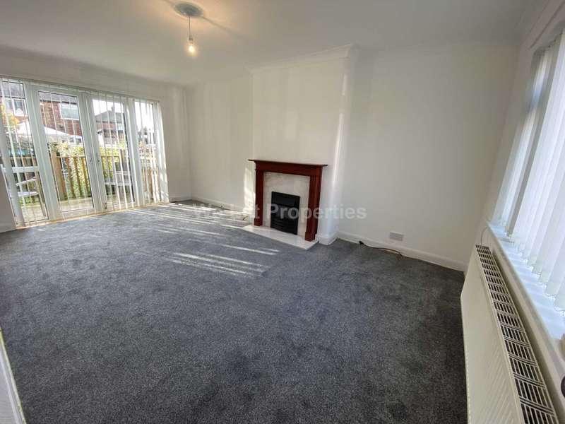3 Bedrooms House for rent in Manor Road, Swinton