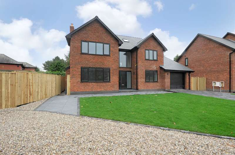 5 Bedrooms Detached House for sale in Hob Hey Lane, Culcheth, Warrington, WA3