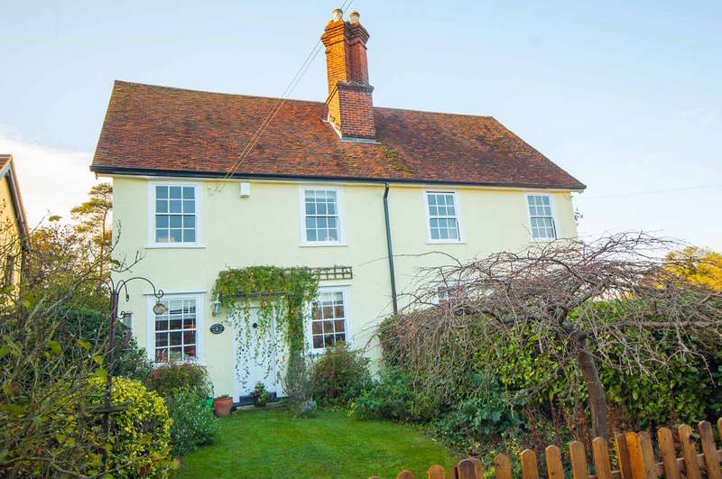 3 Bedrooms Semi Detached House for sale in Barrack Lane, Great Waltham, Chelmsford, CM3