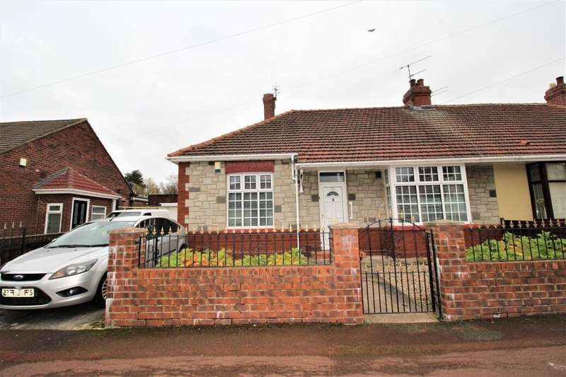 2 Bedrooms Semi Detached Bungalow for sale in Richmond Avenue, Bill Quay, Gateshead, NE10