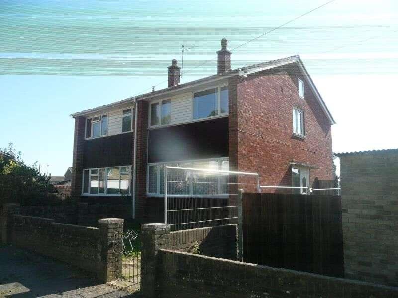 2 Bedrooms Semi Detached House for rent in Kimbridge Crescent, Havant, PO9