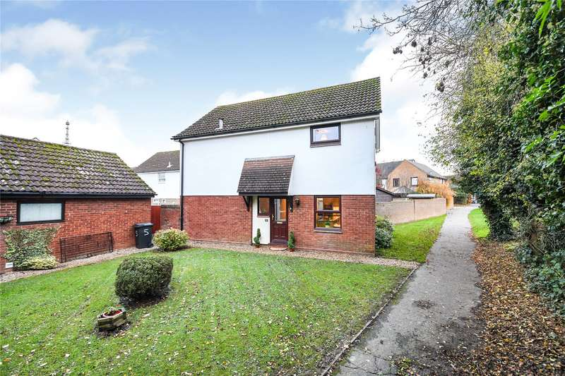 4 Bedrooms Detached House for sale in Horseman Court, Kelvedon Hatch, Brentwood, Essex