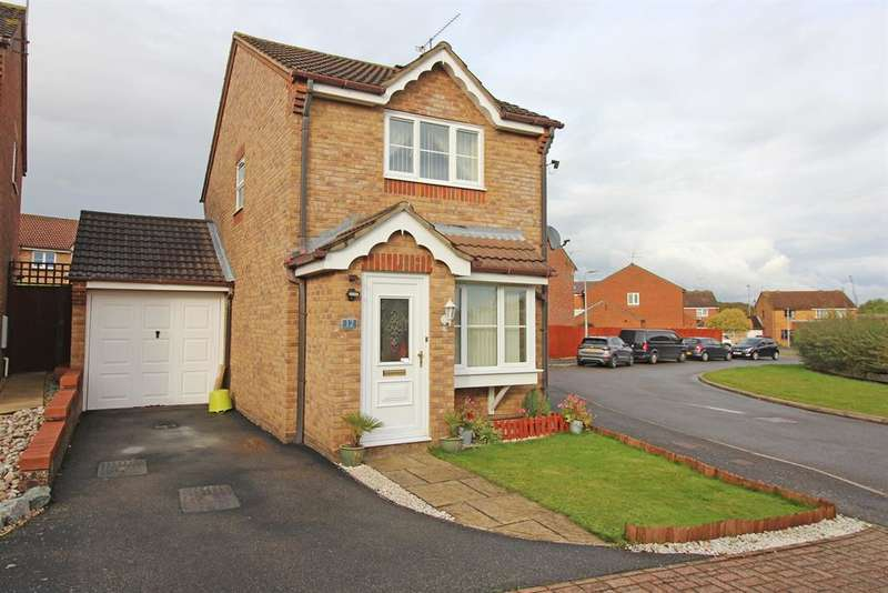 2 Bedrooms Detached House for sale in Boxfield Green, Stevenage, SG2 7DR