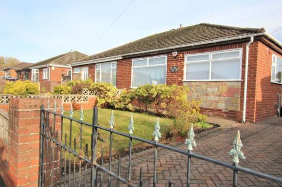 2 Bedrooms Bungalow for rent in Rose Avenue, Haydock, St. Helens