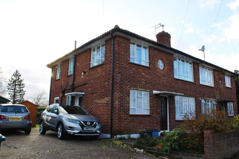 2 Bedrooms Ground Maisonette Flat for rent in Eagle Terrace, Woodford Green