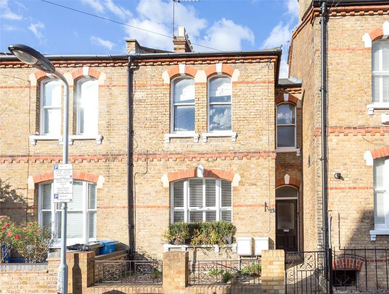 2 Bedrooms Apartment Flat for rent in St Marks Road, Windsor, SL4 3BE