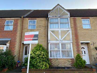 3 Bedrooms Terraced House for sale in Southend-On-Sea, ., Essex