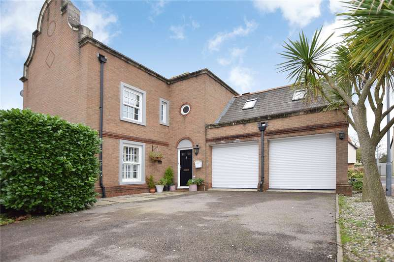 4 Bedrooms Detached House for sale in Drywoods, South Woodham Ferrers, Chelmsford, Essex, CM3