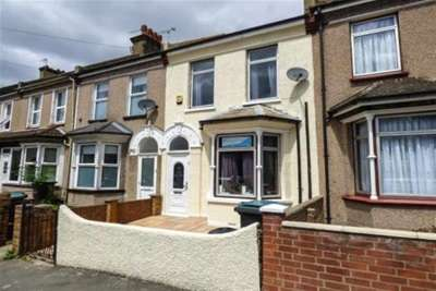 3 Bedrooms House for rent in Cross Lane East, Gravesend