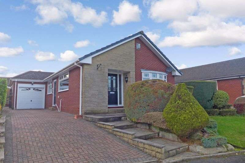 2 Bedrooms Property for rent in Glenmore Close, Ladybridge, Bolton