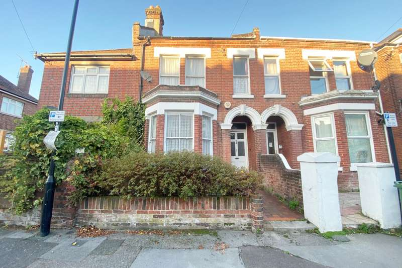 4 Bedrooms Terraced House for sale in Bedford Place