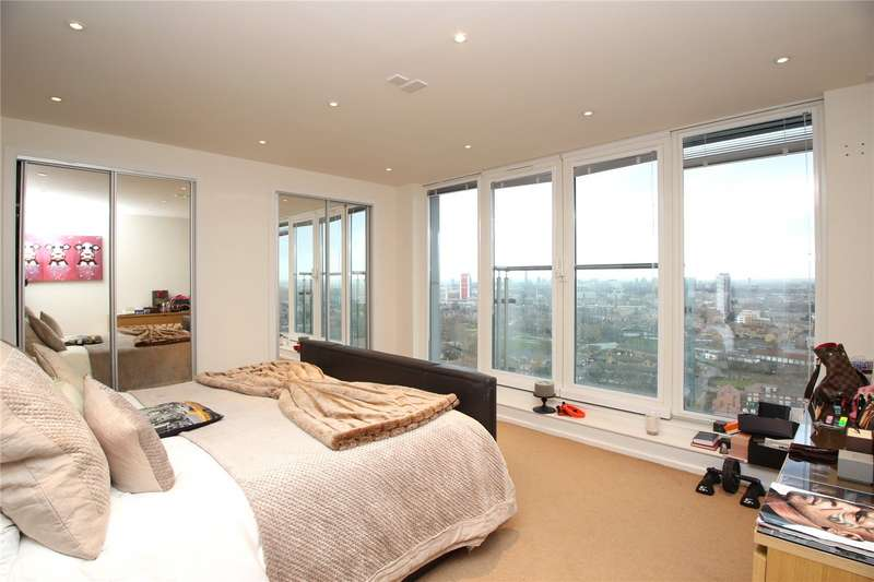 3 Bedrooms Penthouse Flat for rent in The Oxygen, 18 Western Gateway, E16