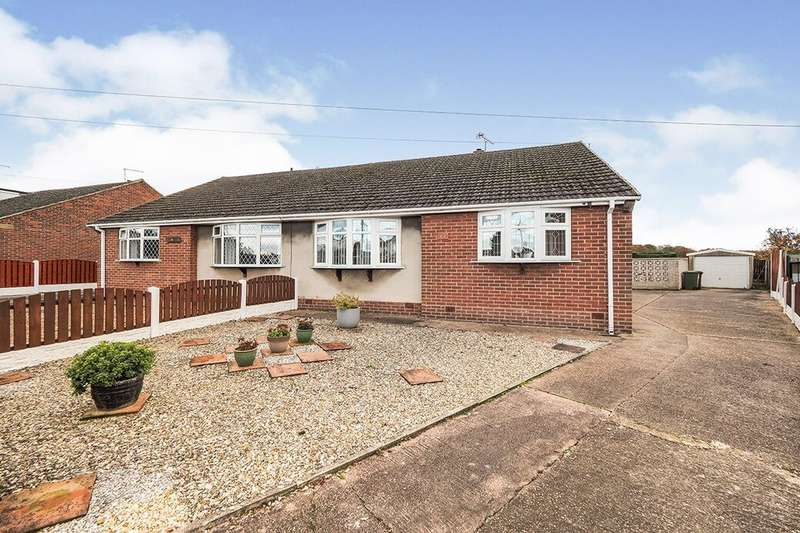 2 Bedrooms Semi Detached Bungalow for rent in Pendennis Avenue, South Elmsall, Pontefract, WF9