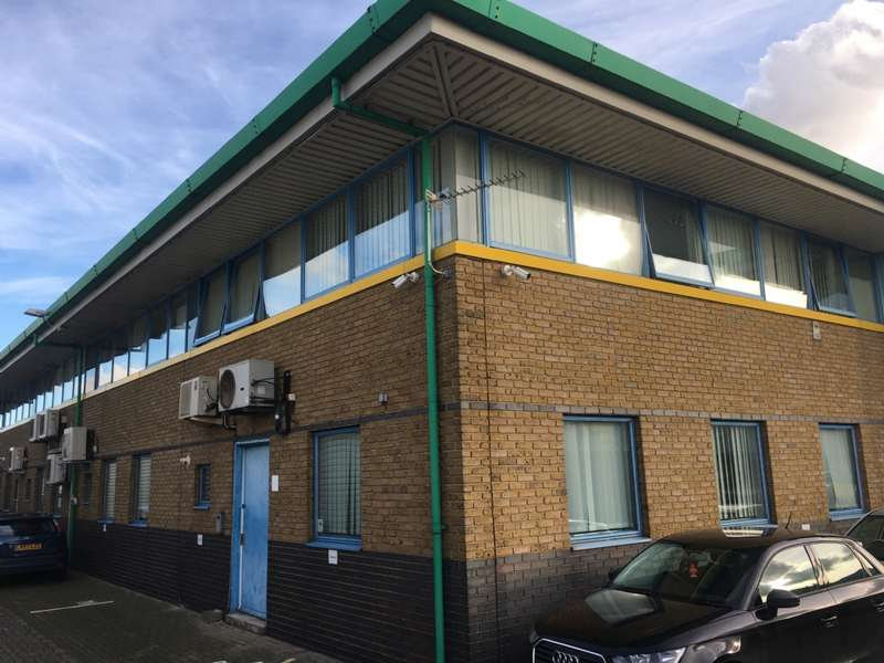 Commercial Property for rent in Saxon House, Upminster Trading Park