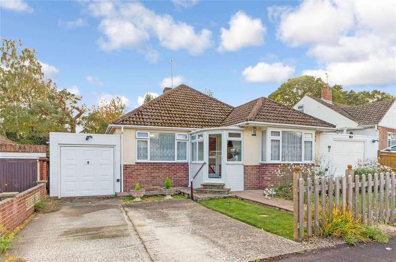 3 Bedrooms Detached Bungalow for sale in Heath Road, Pamber Heath, Tadley, RG26