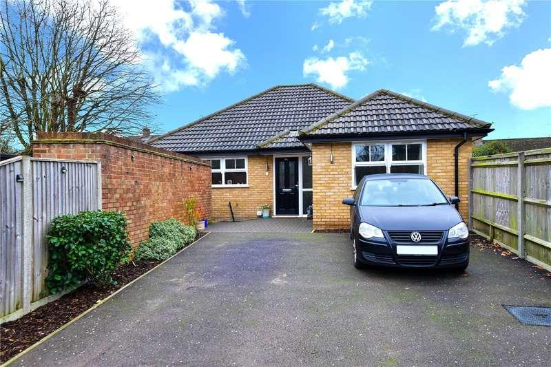 3 Bedrooms Bungalow for sale in Bullsland Gardens, Chorleywood, Hertfordshire, WD3