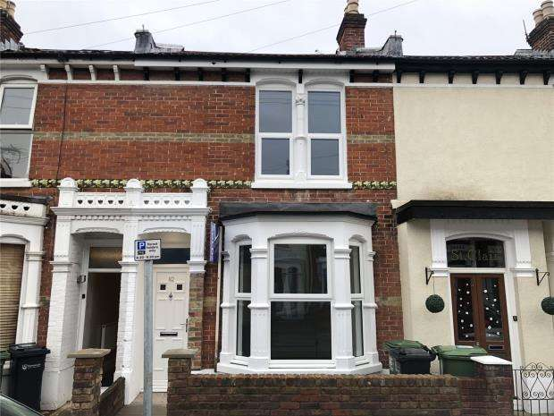 3 Bedrooms House for sale in Grayshott Road, Southsea, Hampshire