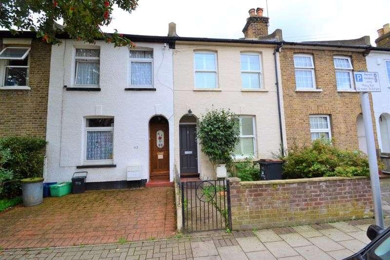 2 Bedrooms Property for rent in Newbury Road, Bromley